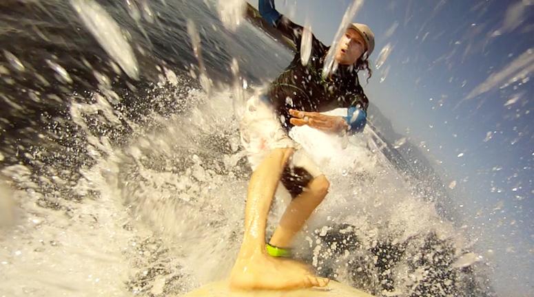 surfing-hookipa-asher-fergusson