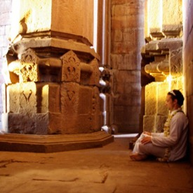 meditating-in-indian-temple