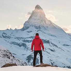 hiking swiss mountains