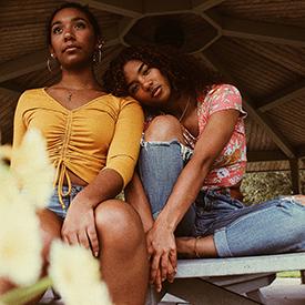 teen women
