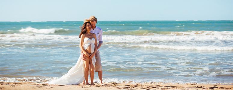 asher lyric pregnant at beach