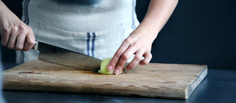 Chef knife in action