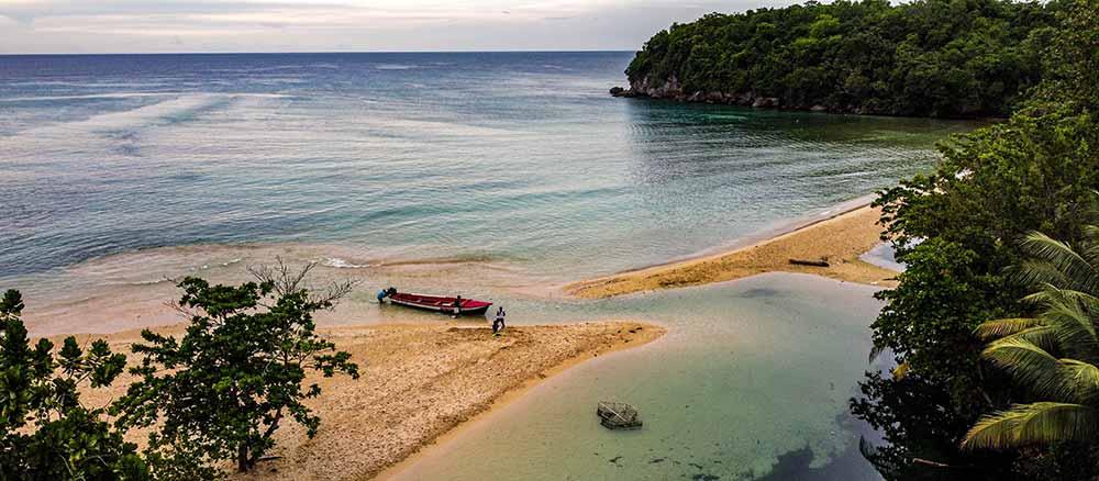 jamaica beach side