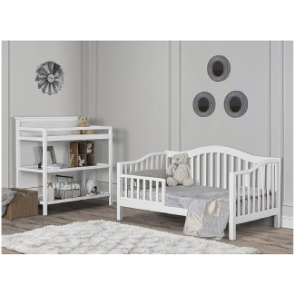 Dream On Me Toddler Bed (Multiple Colors)